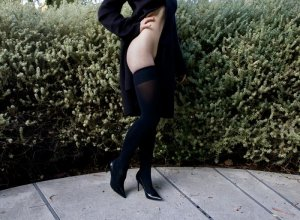 Hannene escort girl in Newport RI