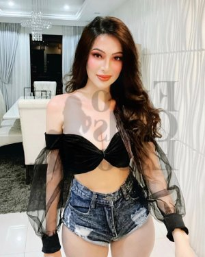 Sumeye escort girl in Somerset