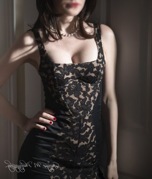 Laure-anne escort girl