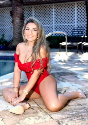 Adelina escort girls in Coram New York